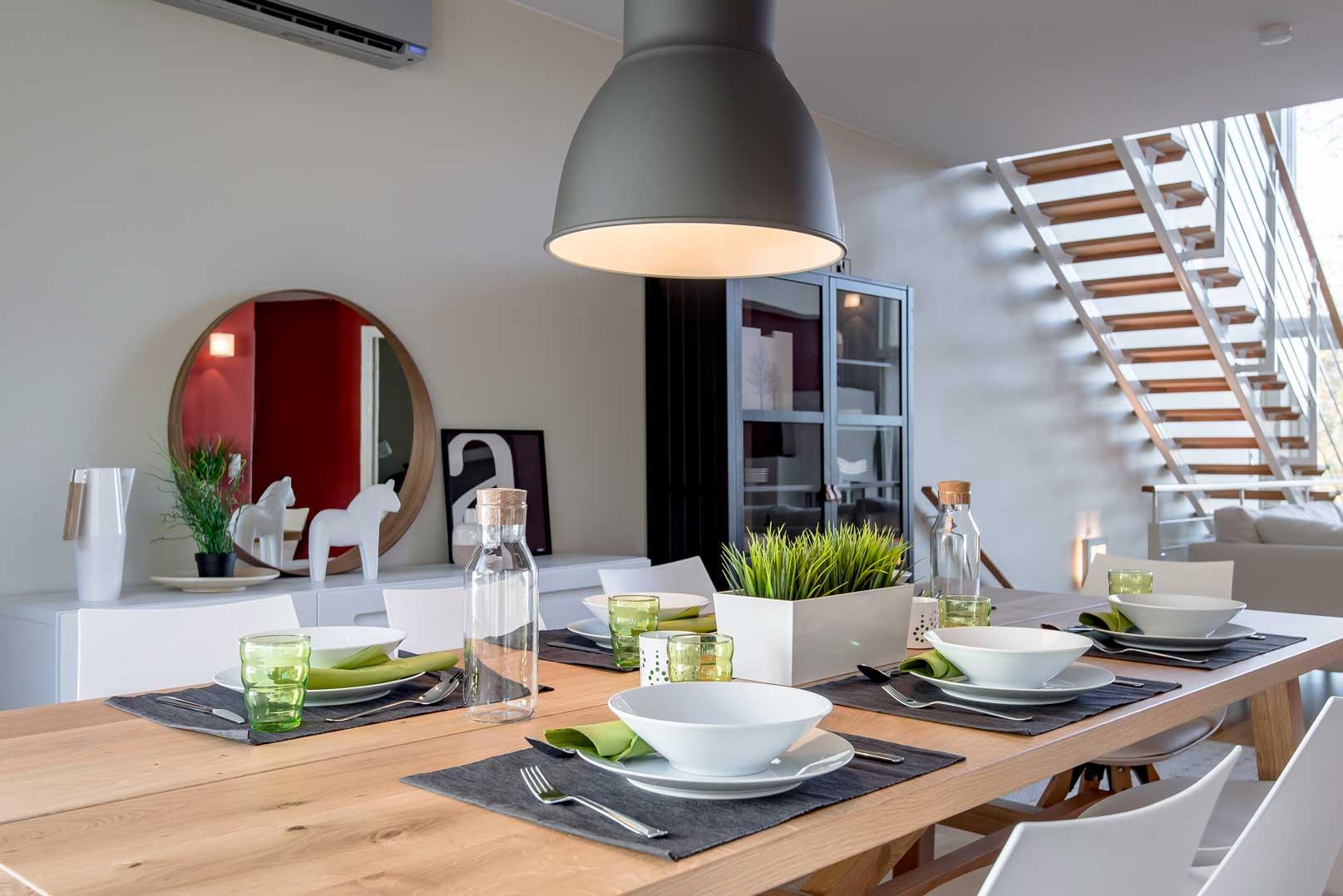 villa-lohi-dining-room